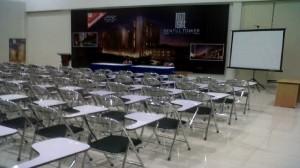 rental kursi bermeja untuk kelas