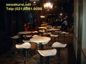 Menyewakan Kursi Bar / Barstool renting in JAKARTA